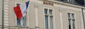Mairie et drapeau français